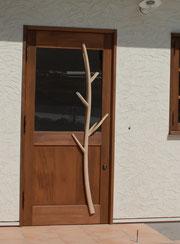 玄関 ドア 木製