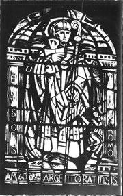 Saint Amand, vitrail de l'ancienne église repris dans la nouvelle