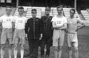 1920 Antwerp: Sweden's winning pentathletes. Champion, Gustav Dyrssen is second from right