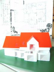 Modell eines Einfamilienhaus (1:100)