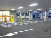 リセッタ隣駐車場