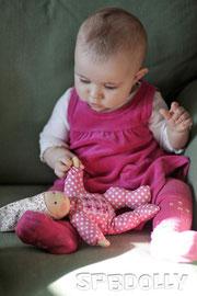 безопасные текстильные куклы выполнены с заботой о детях
