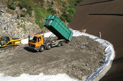 Foto Li. 30 set.2009 - I trasporti dei residui del bruciatore rifiuti di Giubiasco sono iniziati il 29 set. 2009