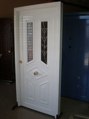 Puertas de aluminio e hierro a medida.