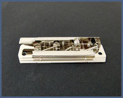 Klemm-Mechanik für ungelochte Papiere