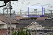 南西方向に空港の管制塔
