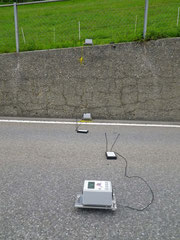 Monitoring of concrete walls with non-destructive methods