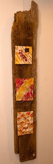 wunderschönes Holzstück mit Keramik, sieht an jeder Wand super aus!