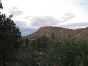 Blick von der Ranch auf die Rocky Mountains