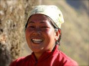 femme guide trekking nepal