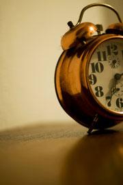 Häufig geht der Blick zur Uhr, wenn man nicht schlafen kann