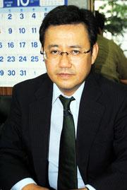インタビューに答える山田氏