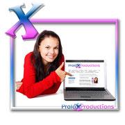 Mädchen zeigt, wie einfach es funktioniert bei Pralax-Productions Webcam girl zu werden