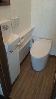手洗い付きタンクレストイレのリフォーム