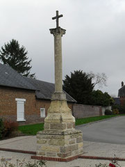 The old stone cross at Monchy-lagache.