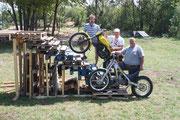Die Errichter des Trainingsgeländes in Wöllersdorf: Andi, Harald und Kurt. Image: www.trials.at