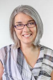 Claire Lee Venue Queen, Venue Consultant headshot, professional photo of Claire Lee, venue queen consultancy,
