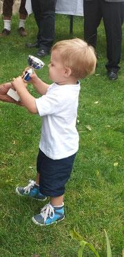 Jonas mit seinem ersten Pokal!