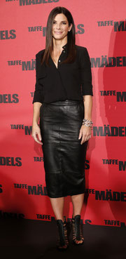 Sandra Bullock leather skirt
