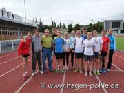 Die Trainingsgruppen von Ronald Weigel und Manja Berger zusammen mit Peter Frenkel (3. v.l.)