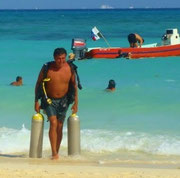 Toni Divemaster - Albertos Scuba Playa del Carmen