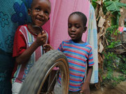 Das Jugendamt bringt immer mehr Kinder, das Haus platzt aus allen Naehten.