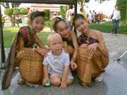 Mael en Thailande (décembre 2011)