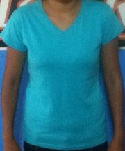 Playera cuello V mujer azul aqua
