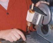 Gleichstromanker bewickeln verlinkt zur E Mail-Anfrage an AQ Pluss Elektromotoren