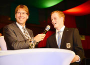 Erik Oese erhielt beim Championatsball in Warendorf das Goldene Ehrenabzeichen. Foto: DK
