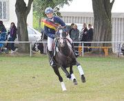 Leonie Leuwer ist neue Deutsche Meisterin der Ponyvielseitigkeitsreiter. Foto: kes