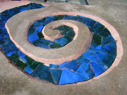 Stein und Glas, Roswitha Farnsworth