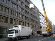 Krantransport, Unter den Linden