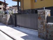 Puertas seccionales correderas de aluminio