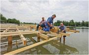 Bauarbeiten auf der zukünftigen Pockinger Seebühne