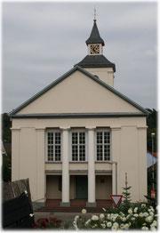 Die Kirche von der Ochsenstrasse aus gesehen