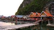 Pueblo flotante Tailandia