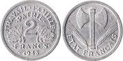 Pièce de 2 francs avec francisque et mention travail famille patrie