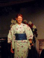 上村麻紀さん