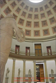 Altes Museum, Eingangsrotunde