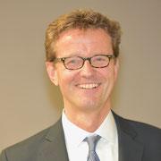 Prof. Blumenstock bringt unseren Studenten Personalführung bei