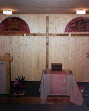 L'avant de la salle de culte, dans les locaux de la rue des Rosiers (1985)