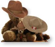 Kasimir und Cäsar mit Stetson, Fredi mit einem Mountie-Hut