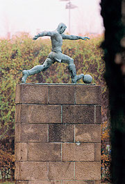 Fußballer Denkmal auf dem Exer