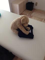 ▲洗濯物をたたむ時は暖かくてよい。