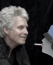 Marcoville, sculpteur, scenographe, eglise de Tour, travail du verre, sculpture en verre, artiste français, Marc Coville