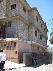 Mont des Oliviers Schule. Finanziert durch Spenden der Missionsgruppe Brachelen