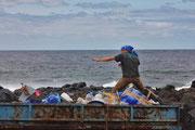 COUP, La Santa, Beachcleanup, Limpia Lanzarote, Playa, www.c-o-u-p.org COUP Cleaner Ocean Upcycling Productions More Profit Organisation, Lanzarote, yanoformopartedeesto