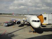 デルタ航空で行きました