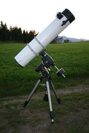 """montura Eq6 SynScan GO-TO con el Newton """"Costas"""""""